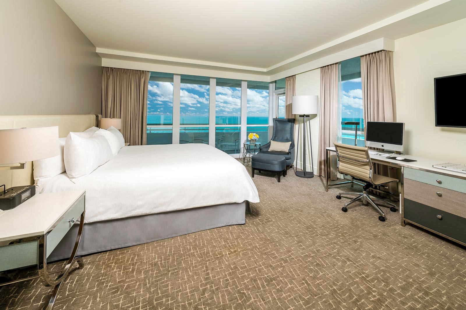 Fontainebleau OceanFront Balcony