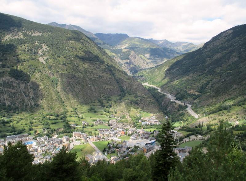 Andorra Blick über die Berge