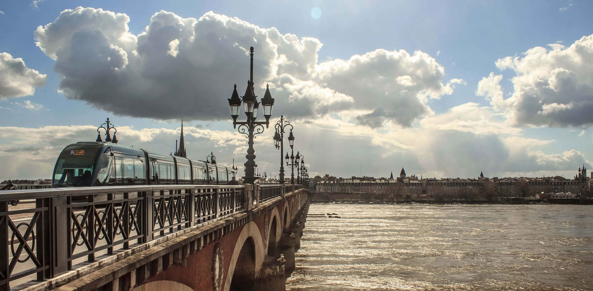 Bordeaux, Brücke