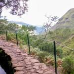 Wandern auf Madeira: Ein atemberaubender Ausblick erwartet Sie hinter fast jeder Kurve.