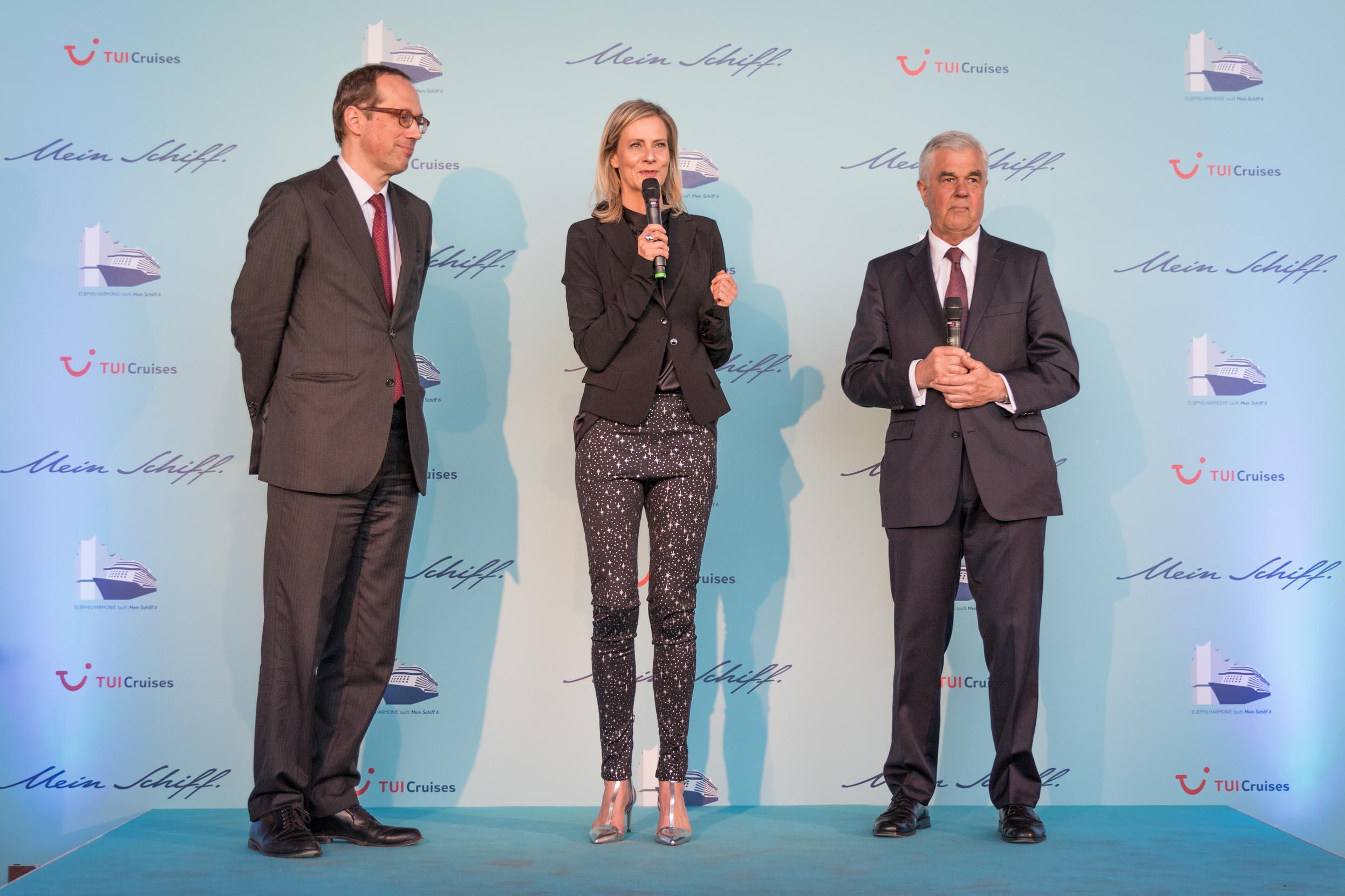 Mein Schiff 6 Taufe, CEO Wybcke Meier und Laudatoren