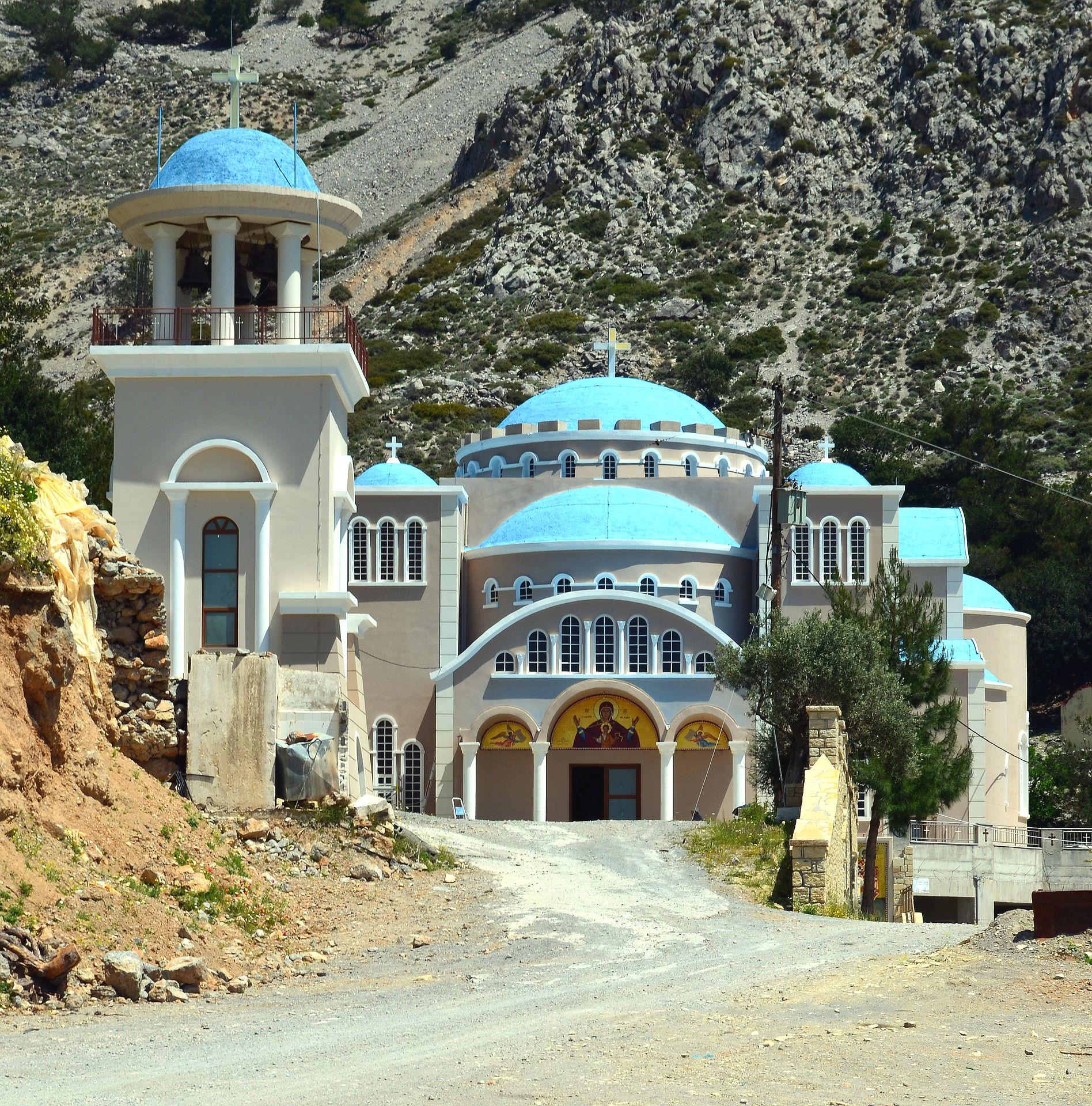 Eines der zahllosen Klöster auf Kreta