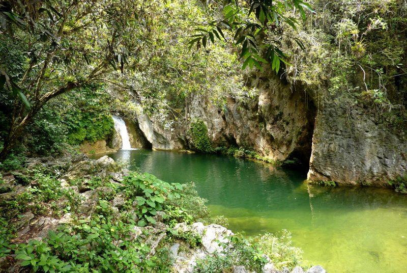 Kubas Urwälder mit ihren Wasserfällen