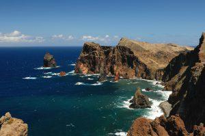 Madeiras schroffe Felsküste