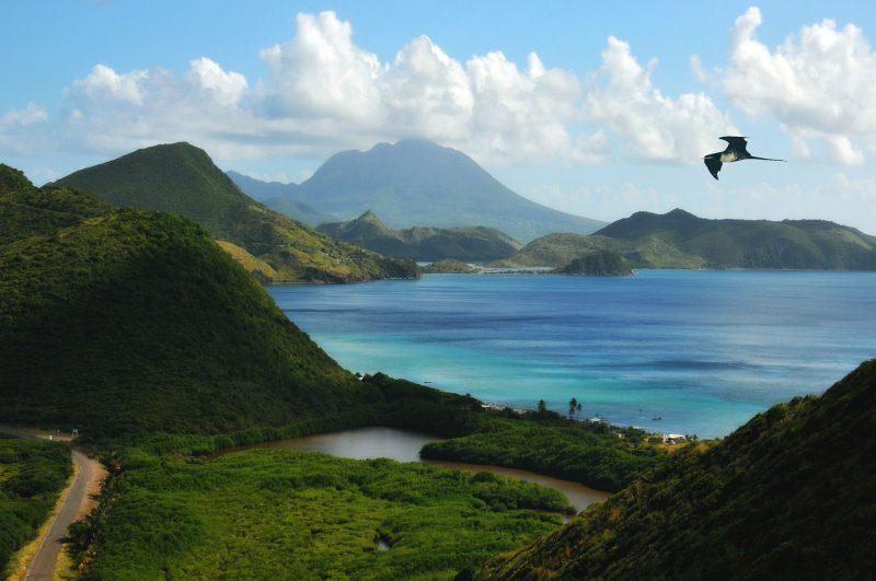 St. Kitts mit Blick auf seinen Vulkan