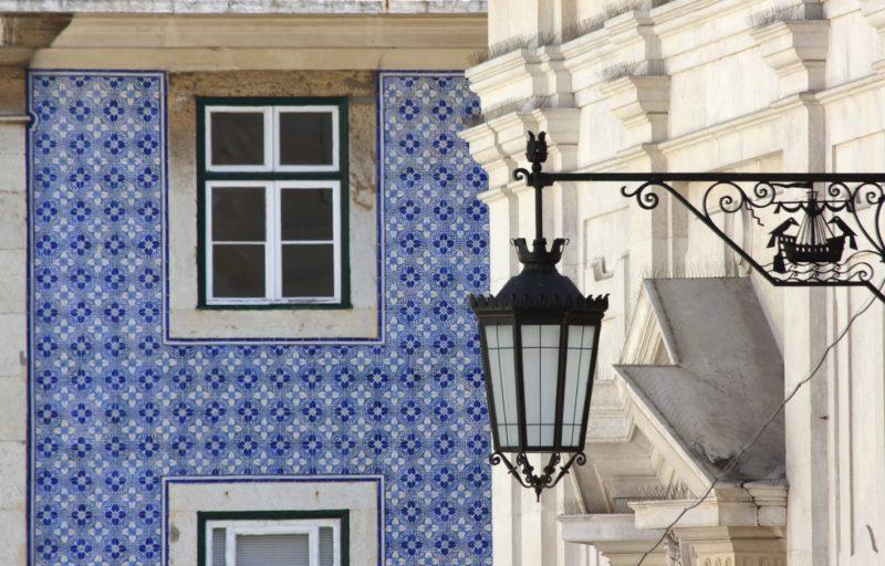 Wunderschöne Fassaden an Lissabons Häusern