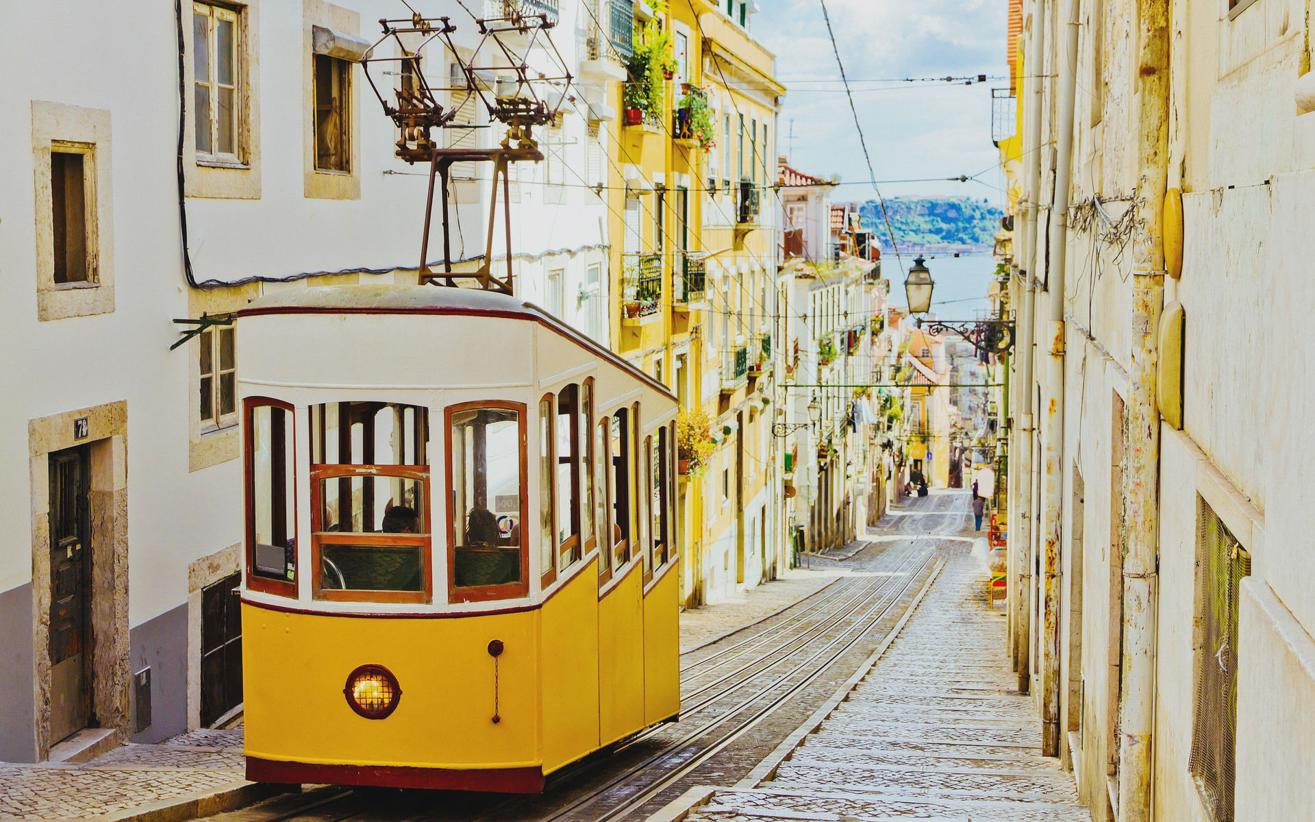 The traditional tram in Lisbon