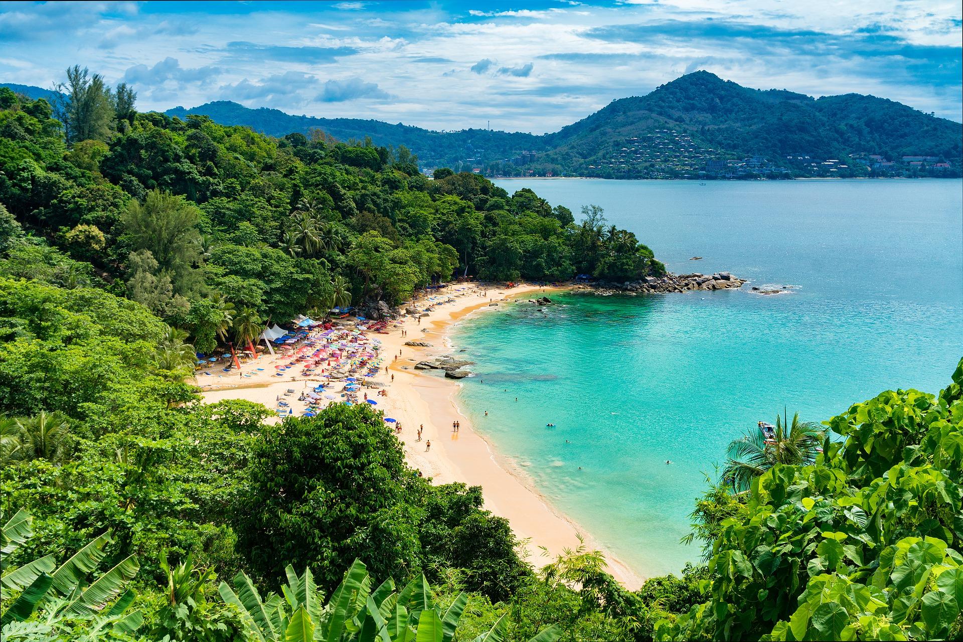 Die schönsten Buchten der thailändischen Insel Phuket