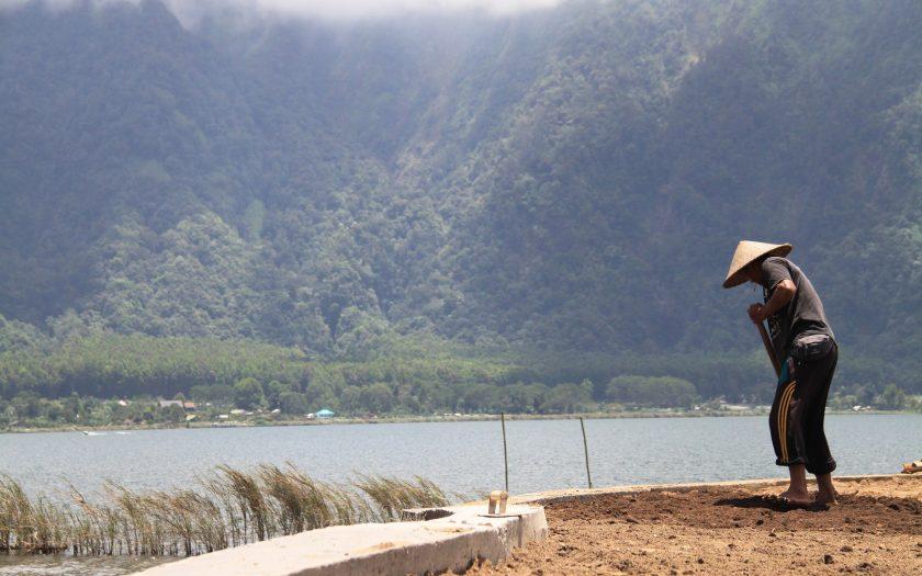 Auf Bali treffen Tradition und Tourismus aufeinander