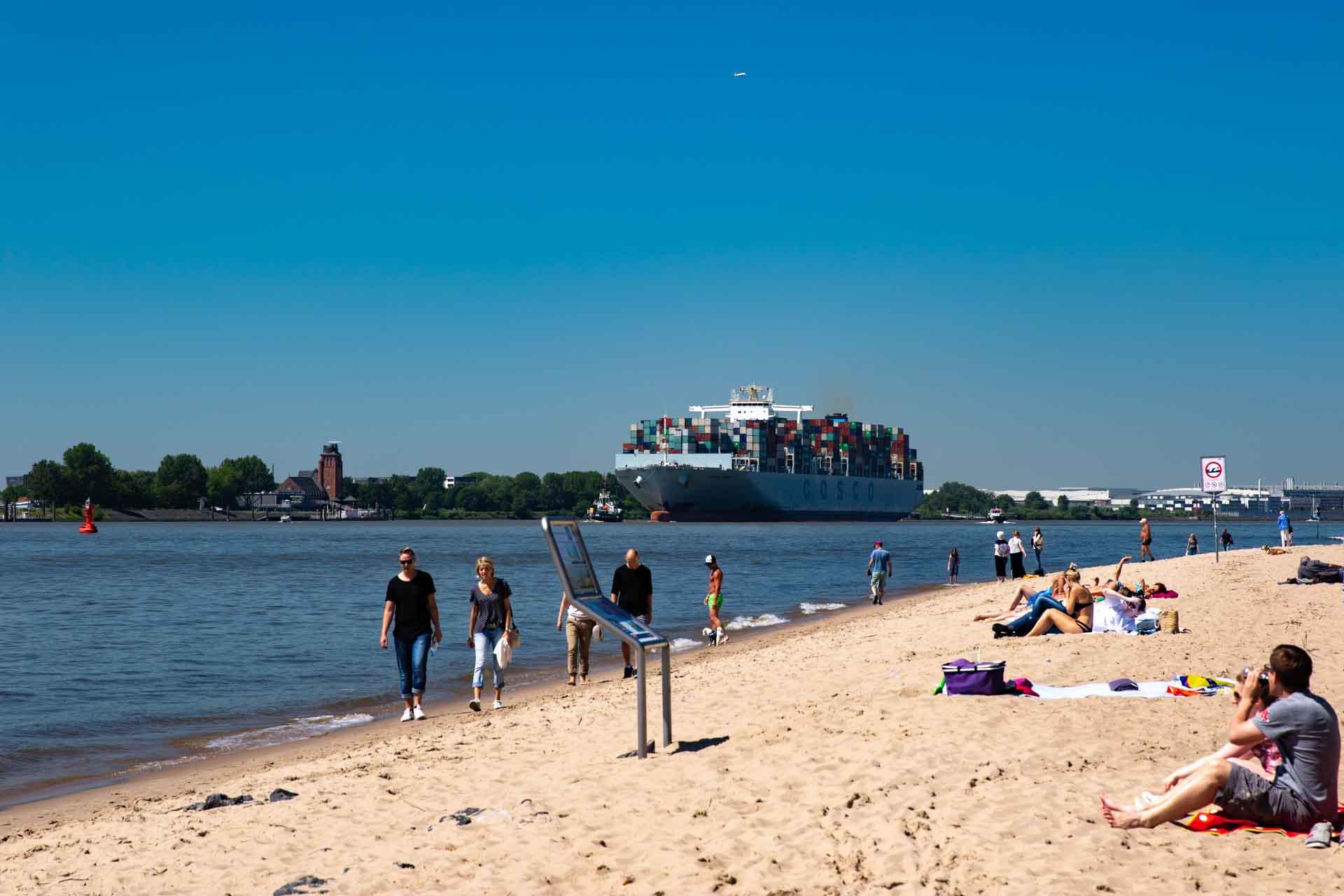 Hamburg, am Elbstrand