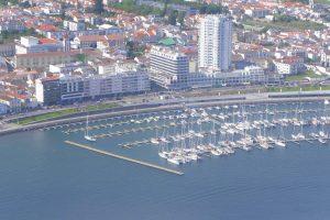 Der Hafen vor Porta Delgada