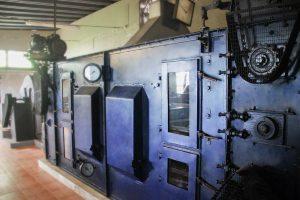 Alte Maschine zur Teeverarbeitung
