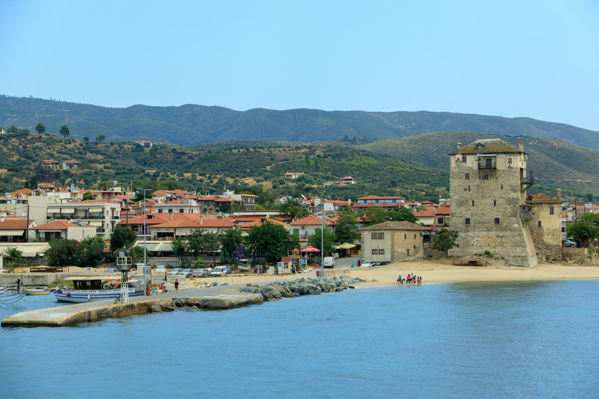 Hafen von Ouranoupoli - Turm von Proshorion