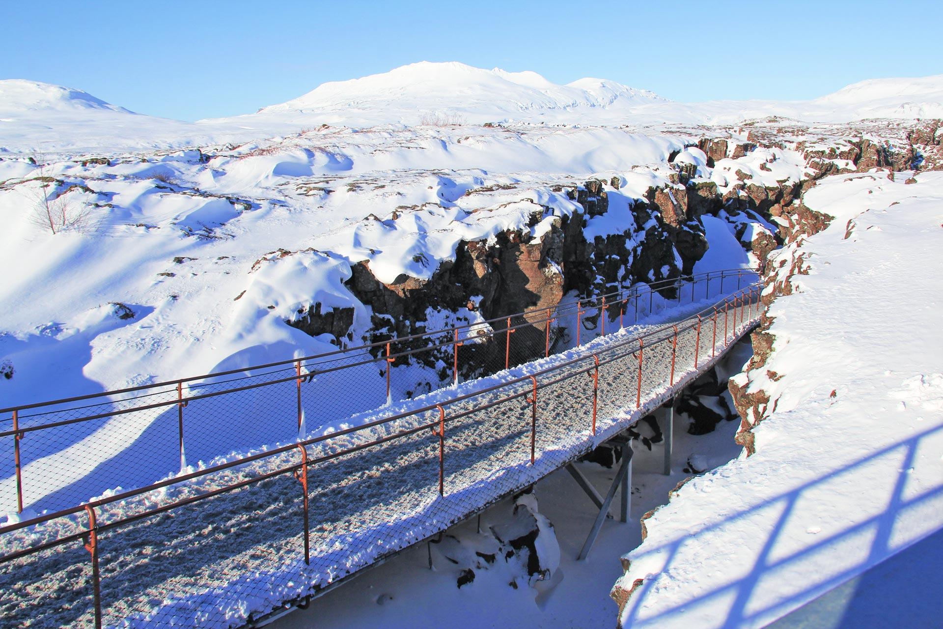 Schneewanderung durch Island