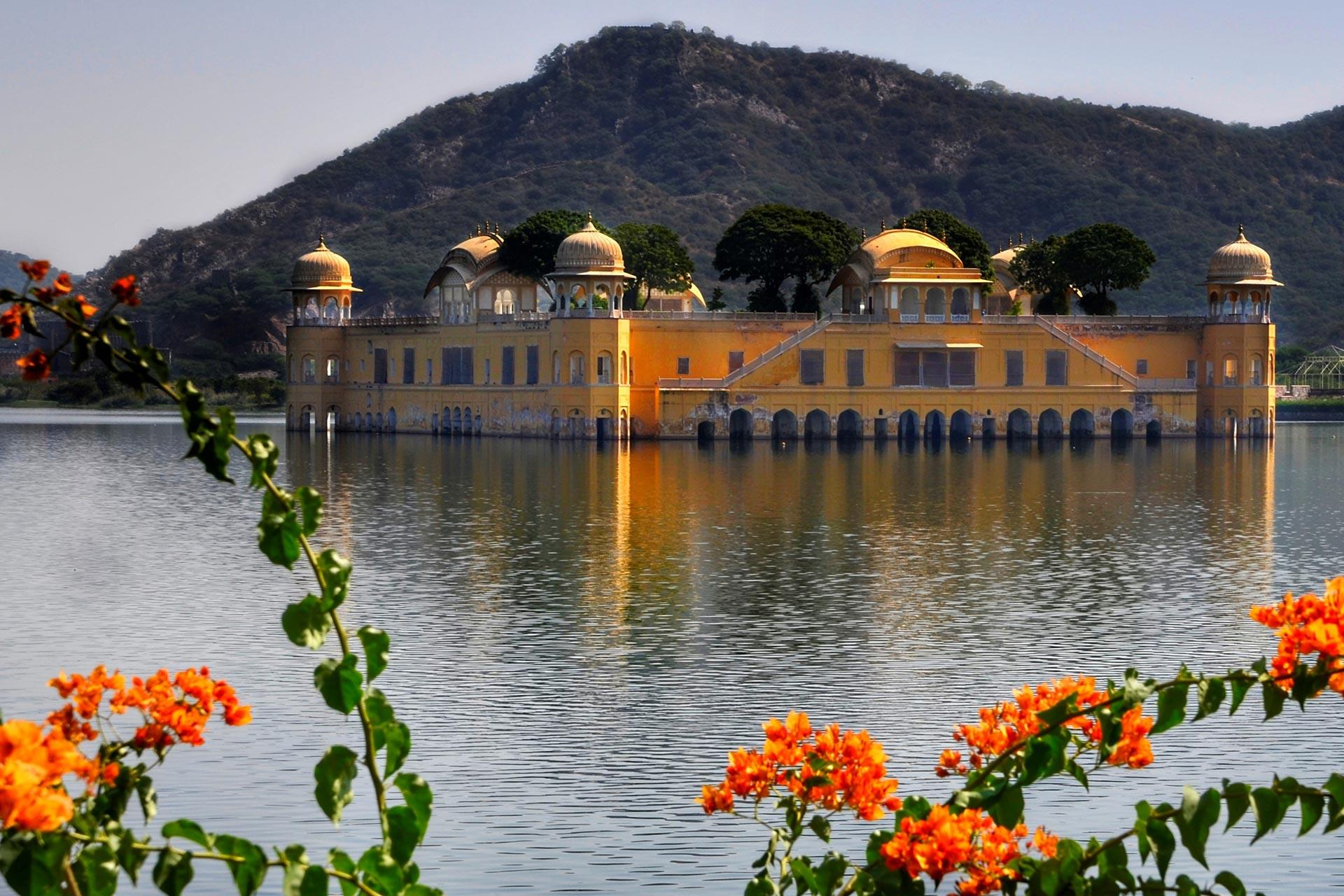 Das Jal Mahal - Schloss auf dem Wasser