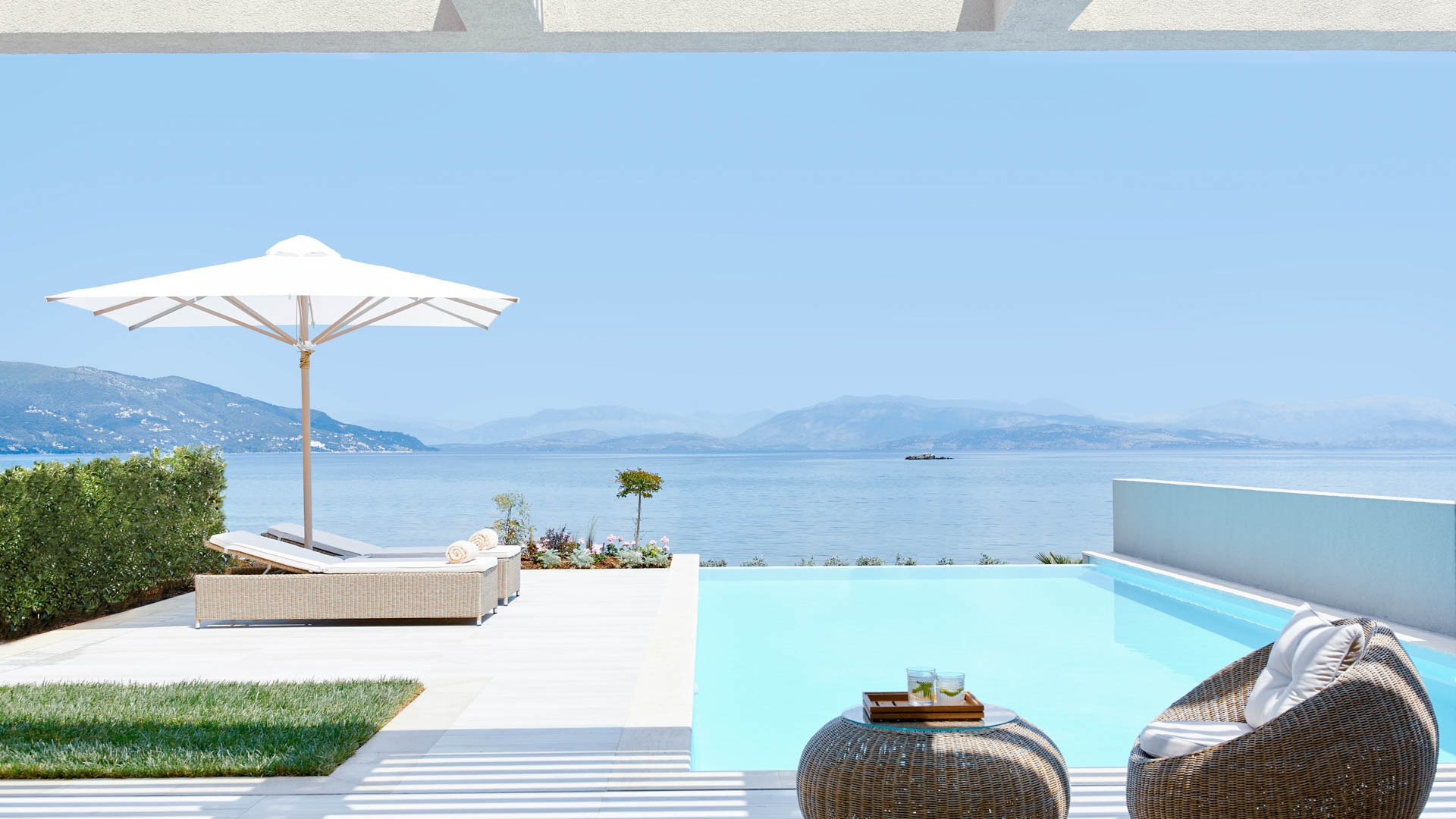 Ikos Dassia _ Deluxe One Bedroom Suite with Private Pool Beach Front